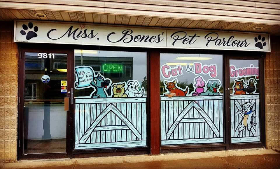 Miss Bones Pet Parlour logo
